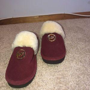 1a1cea92812cb Women s Michael Kors Fuzzy Slippers on Poshmark